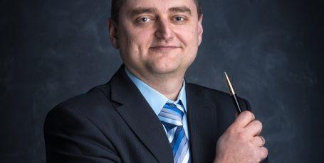 Рунцо Виталий — ведущий финансовый консультант КГ «Личный капитал»